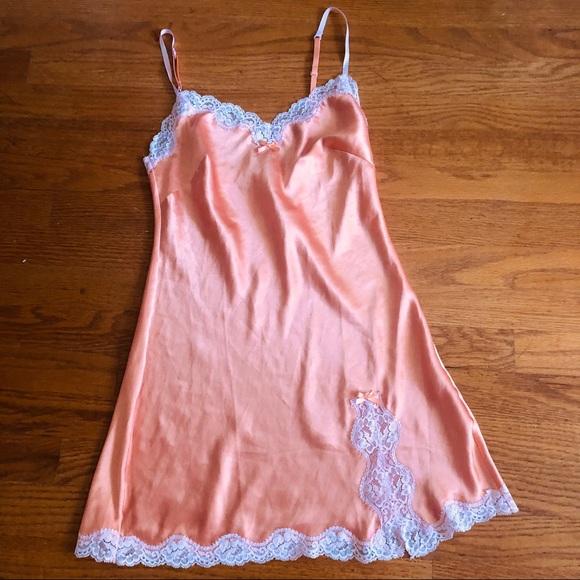 Victoria's Secret Other - Victoria's Secret XS Lace Nighy Slip